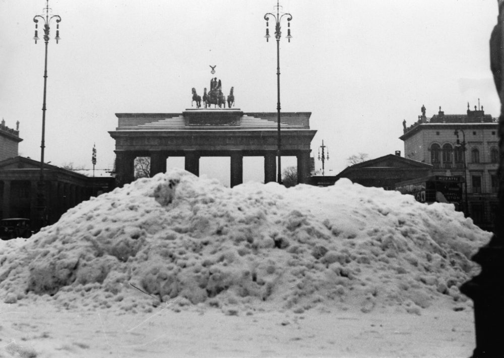 GERMANY - CIRCA 1900:  The Brandenburg Gate in winter.