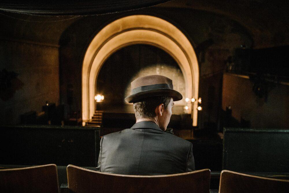 Herbst 1929 Schatten ueber Babylon Sebastian Urzendowsky als Kurt Tucholsky (c) Konrad Waldmann / zero one film